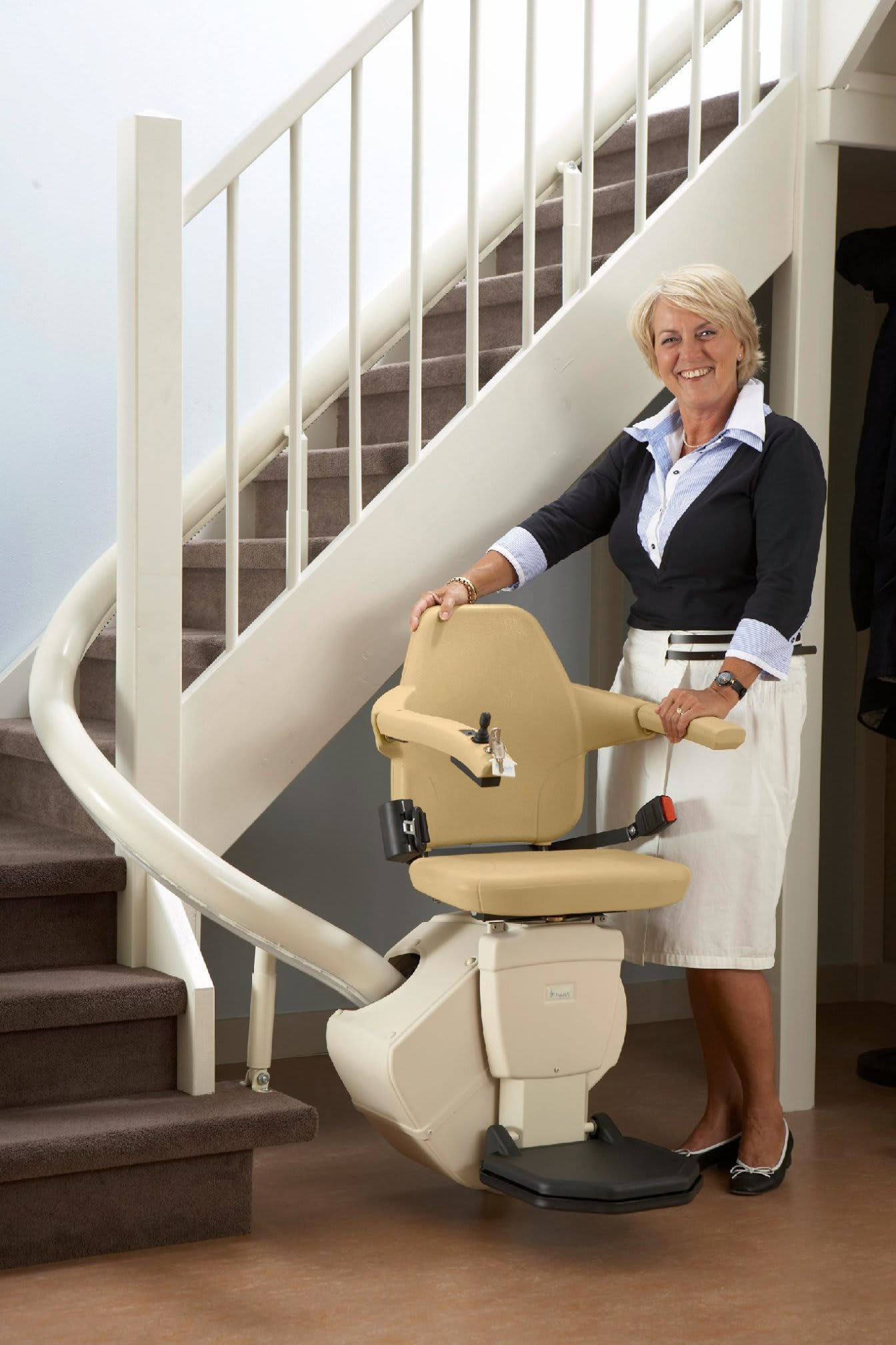 Treppenlift Handicare Rembrandt Advance Stairlifts Ltd Mobility Equipment In Leicester
