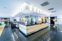 Holiday Inn Express Frankfurt - Messe - Hotels, Hotels ...
