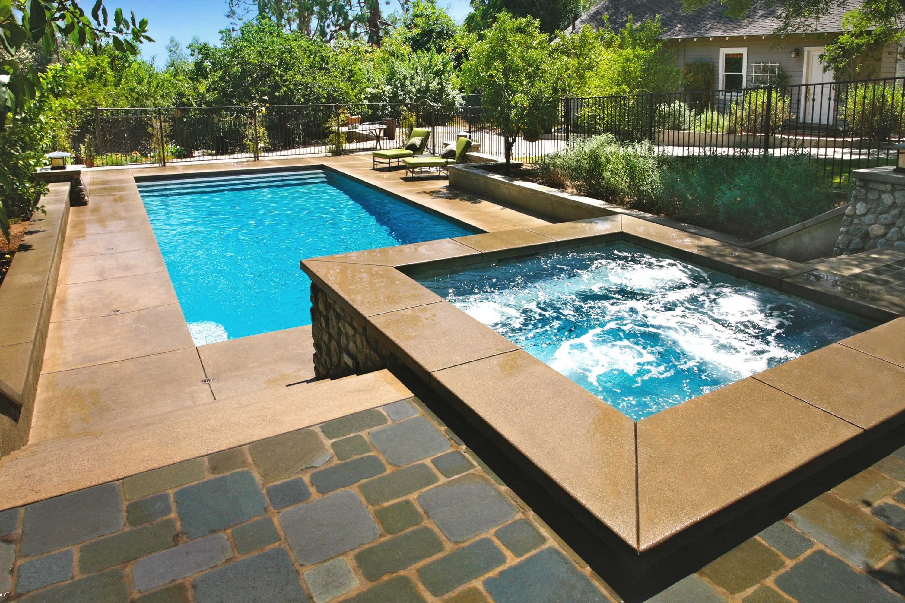 Jacuzzi Pool Equipment Reviews Luxe H2o Infinity Pool Builders In Beverly Hills Ca
