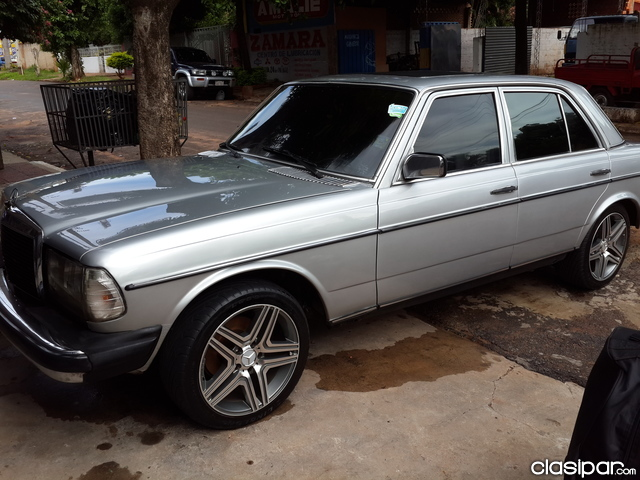 Mercedes Benz 7 Asientos Vendo Mercedes 300d W123 Impecable - Motores.com.py