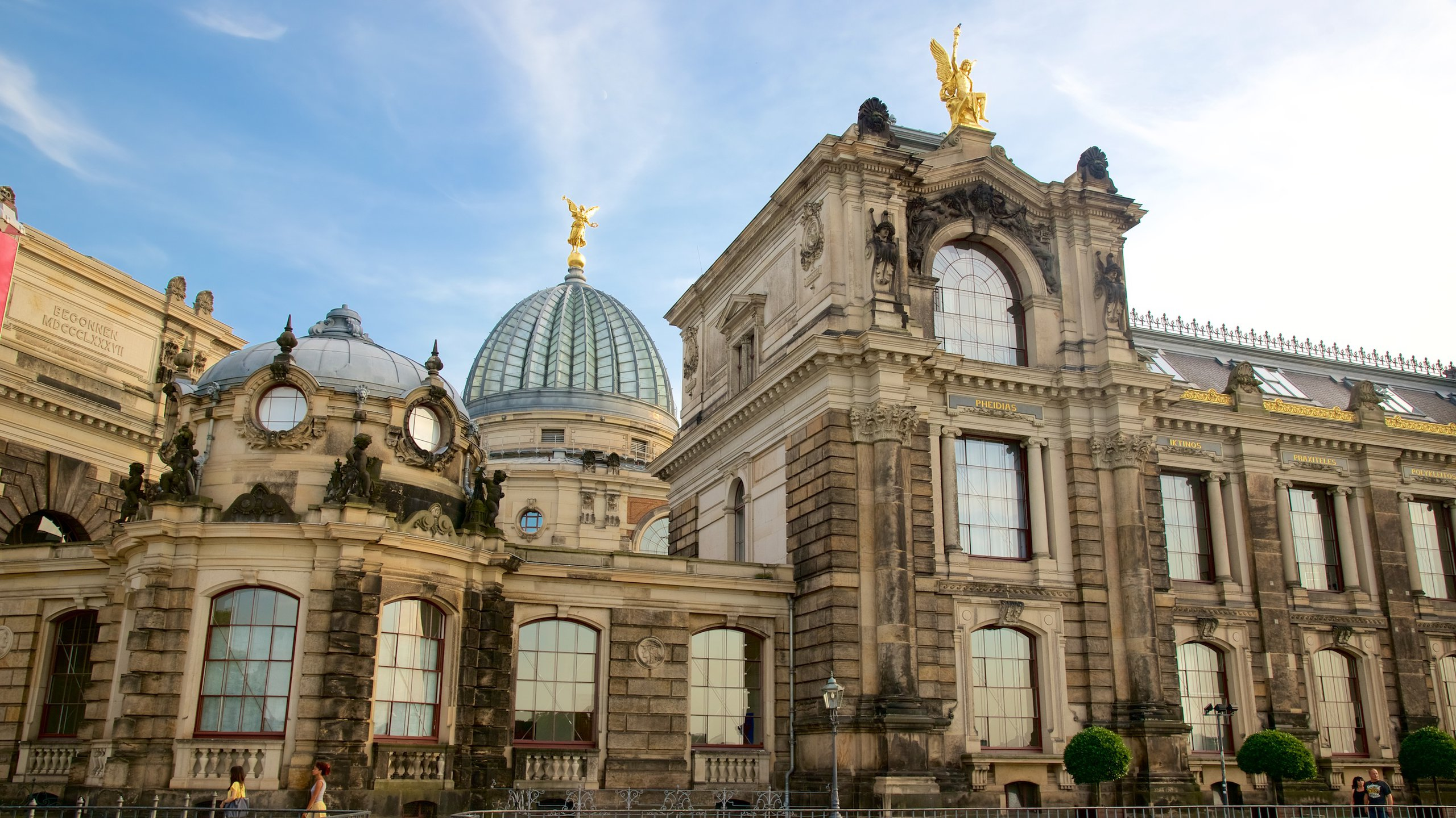 Qf Hotel Dresden Top 10 Hotels Closest To Bruehl S Terrace Dresden Expedia