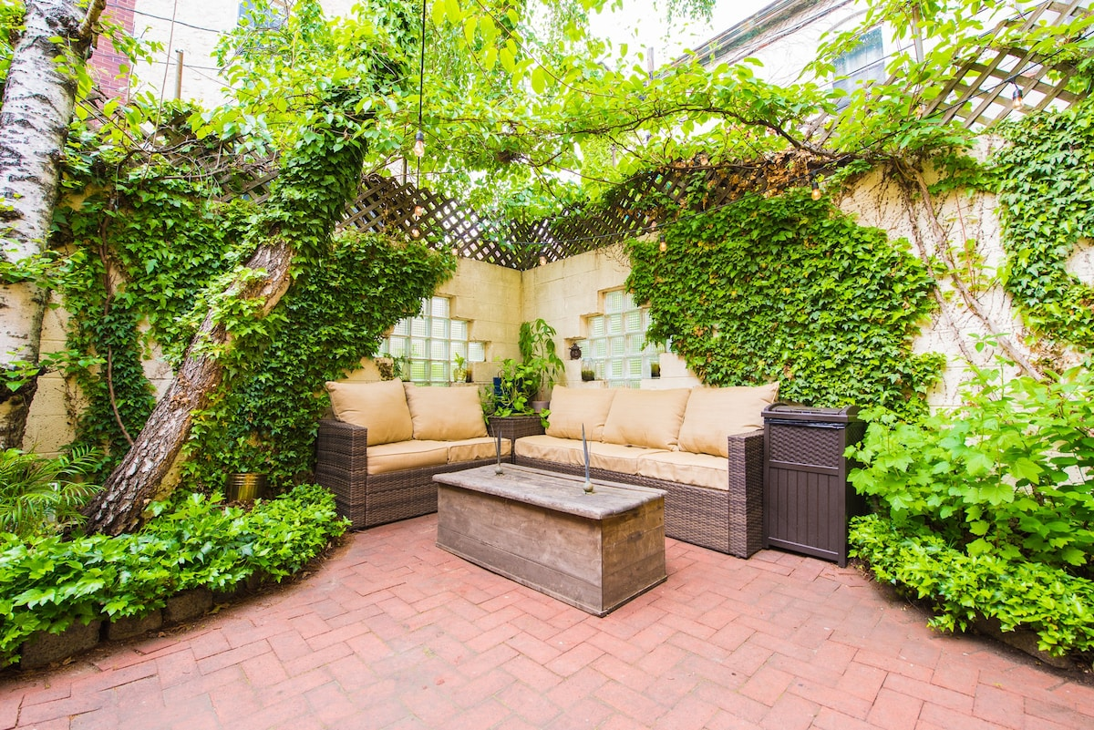Secret Garden Private Courtyard Central Walkable