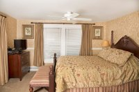 Harding Bedroom: Luxurious & Dog Friendly - Bed and ...