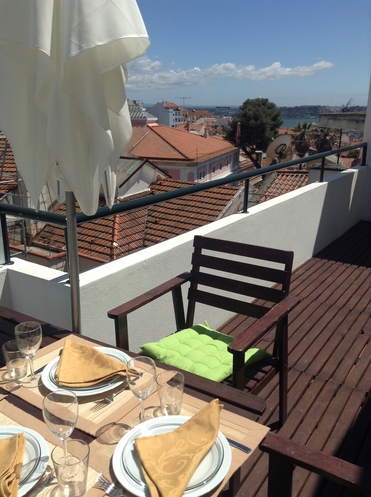 Location Appartement Lisbonne Avec Terrasse Terrasse Et Vue, Centre De Lisbonne - Apartments For Rent