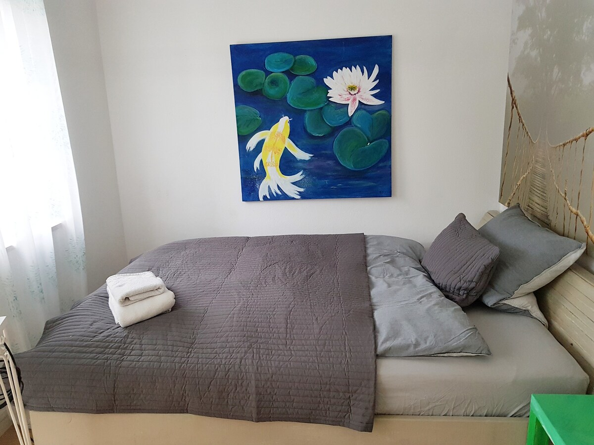 Cosy Room 7 To S Bahn 20 Min From Airport Townhouses For Rent In Eching