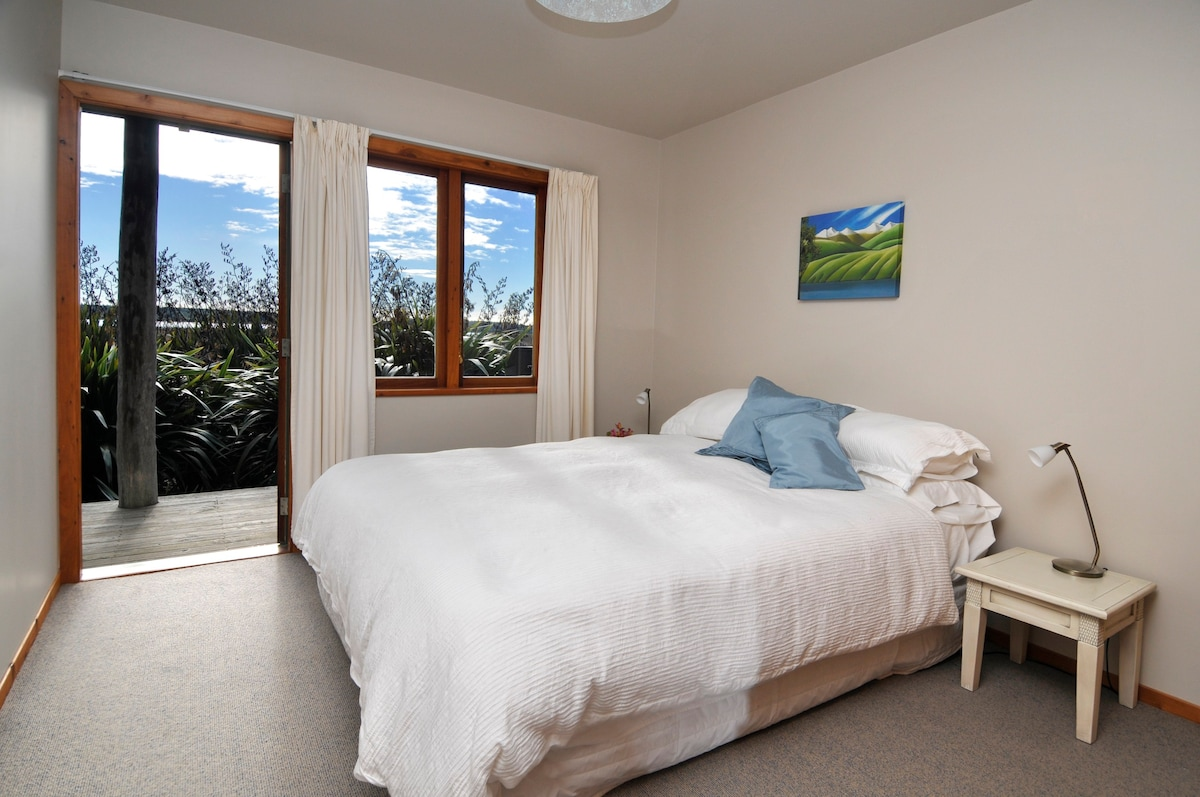 Harakeke Unit On Manuka Island Guest Suites For Rent In