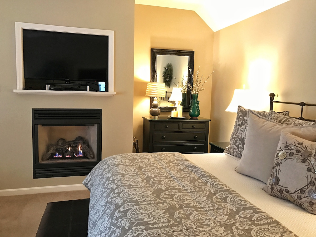 Private Luxe King Suite Fireplace Jacuzzi Ac Pool Suites
