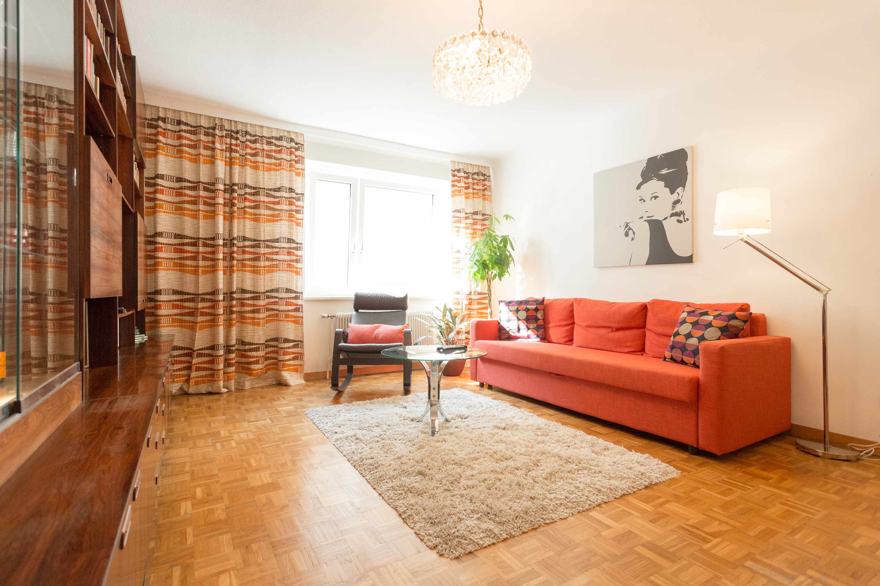 B Famous Schlafsofas 70's Retro Viennese Apartment 6 Min To City Center - Flats For Rent In Vienna, Wien, Austria