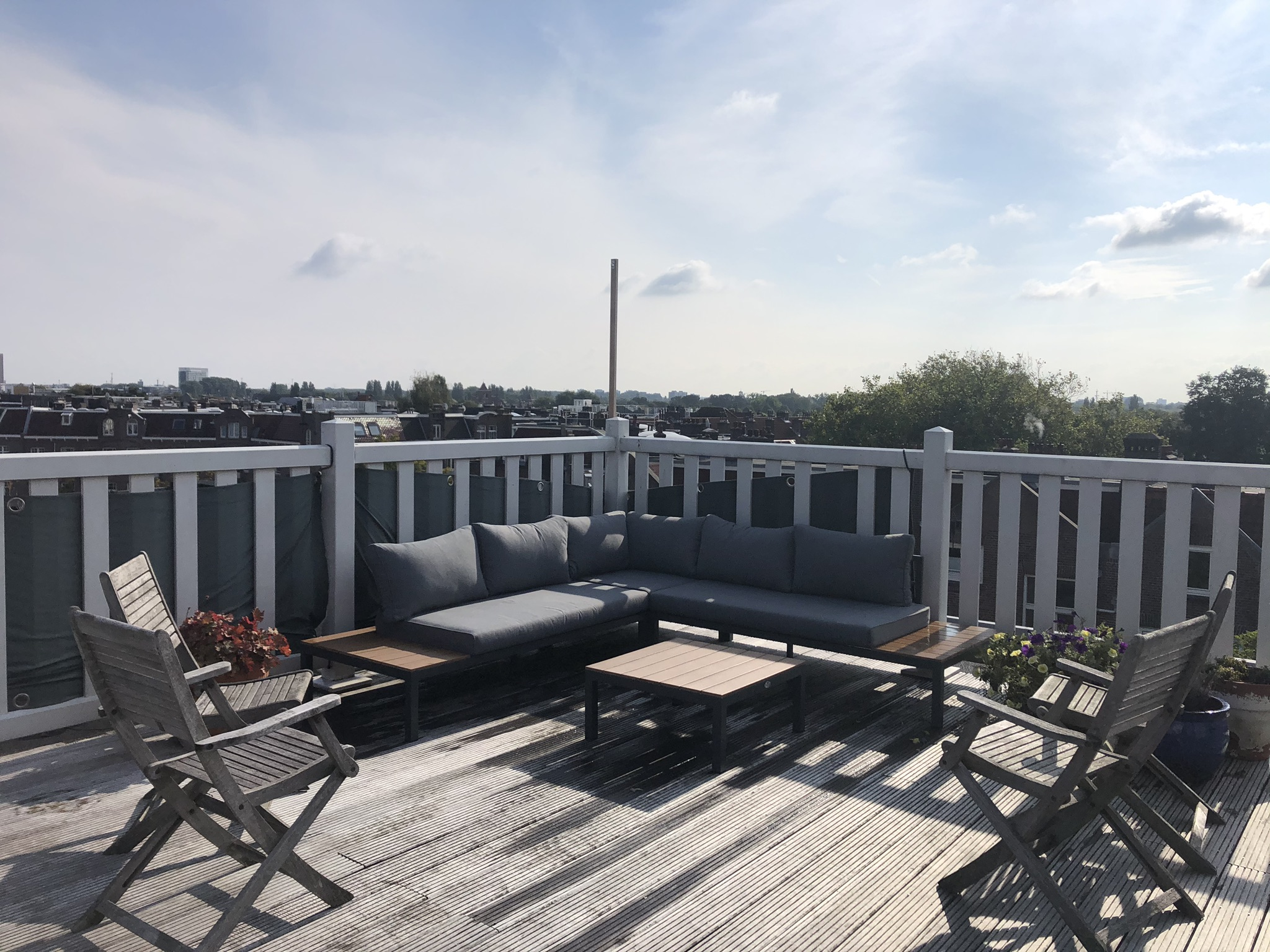 Light Spacious Apartment In Amsterdam With Rooftop Appartements à Louer à Amsterdam Noord Holland Pays Bas