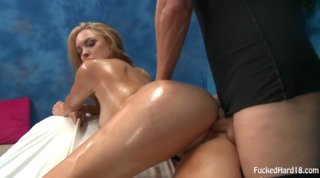 Massage Oiled Pussy