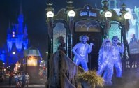 Disney villains have their night at Mickey's Not-So-Scary ...
