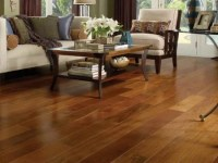 20 Attractive Living Rooms With Laminate Wood Flooring