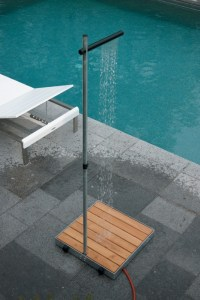 20 Of The Most Amazing Outdoor Shower Designs