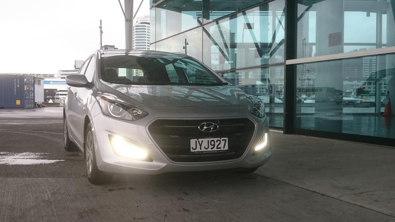 Hyundai I30 Wagon Interieur Hyundai I30 Wagon 2016 Car Review Aa New Zealand