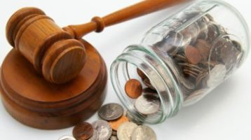 4 Factors That Influence The Cost Of A Lawyer