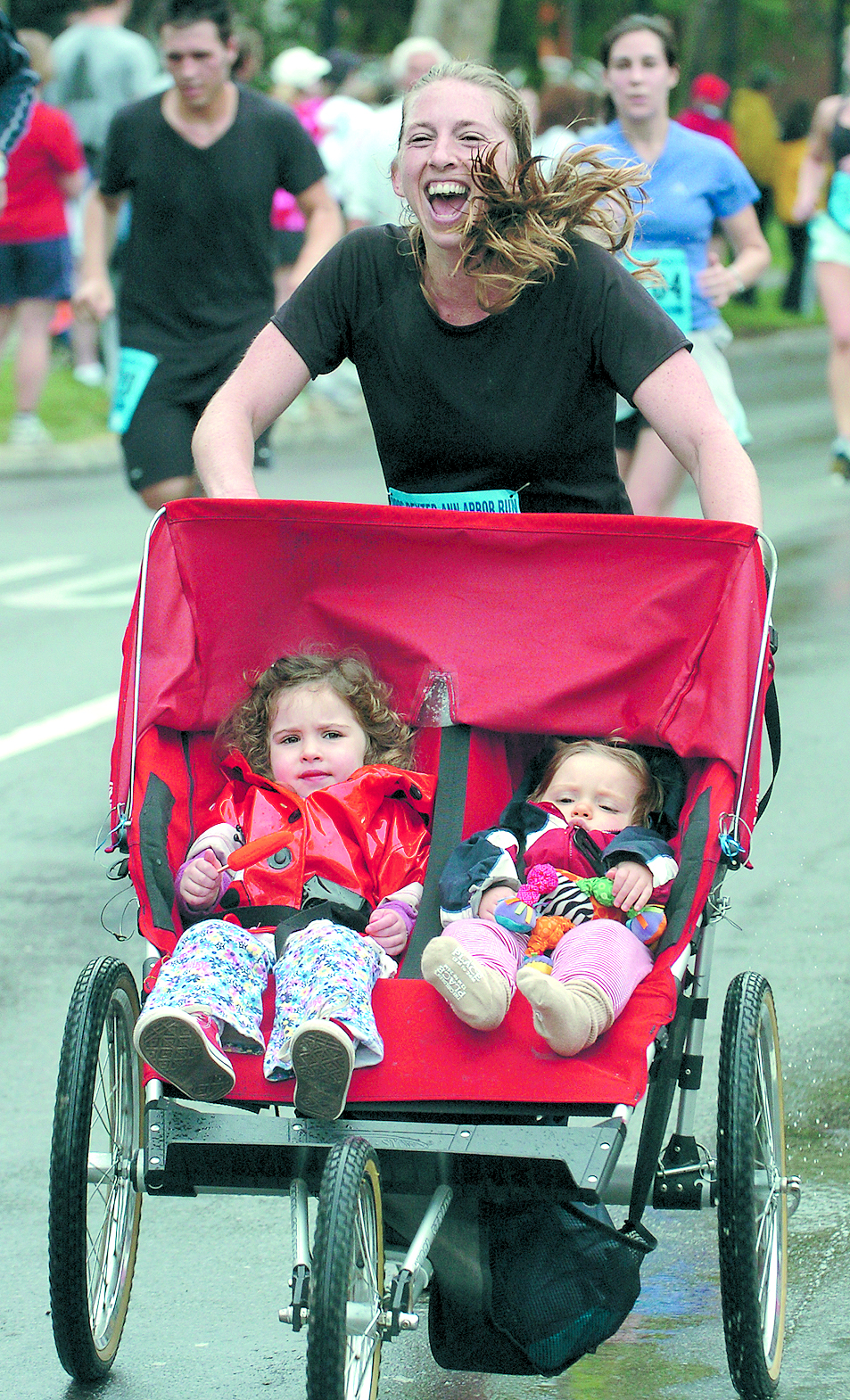 Stroller Car Race Jill Constantino With Daughters In Stroller Race In The