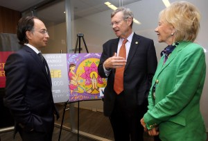 From left, Rahul Baig, managing director and head of New York Corporate Banking at Wells Fargo; William P. Magee, Jr. D.D.S., M.D., CEO and co-founder of Operation Smile; and Kathleen S. Magee, president and co-founder of Operation Smile. (Photo credit: Jay Mandal)
