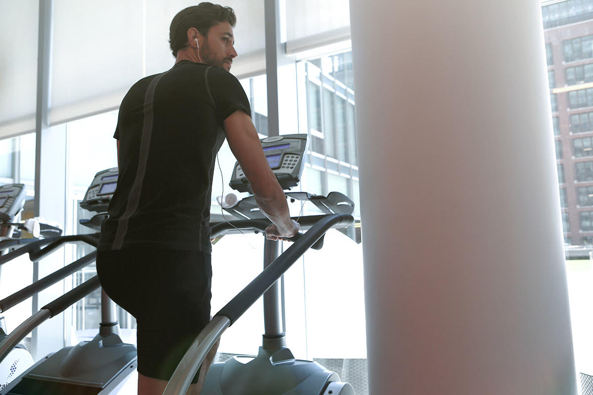 4 Stair Climber Machine Benefits Beyond A Sculpted Backside