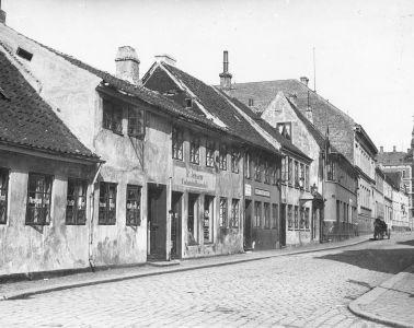 Mindegade,_1903,_Edvard_Monsrud