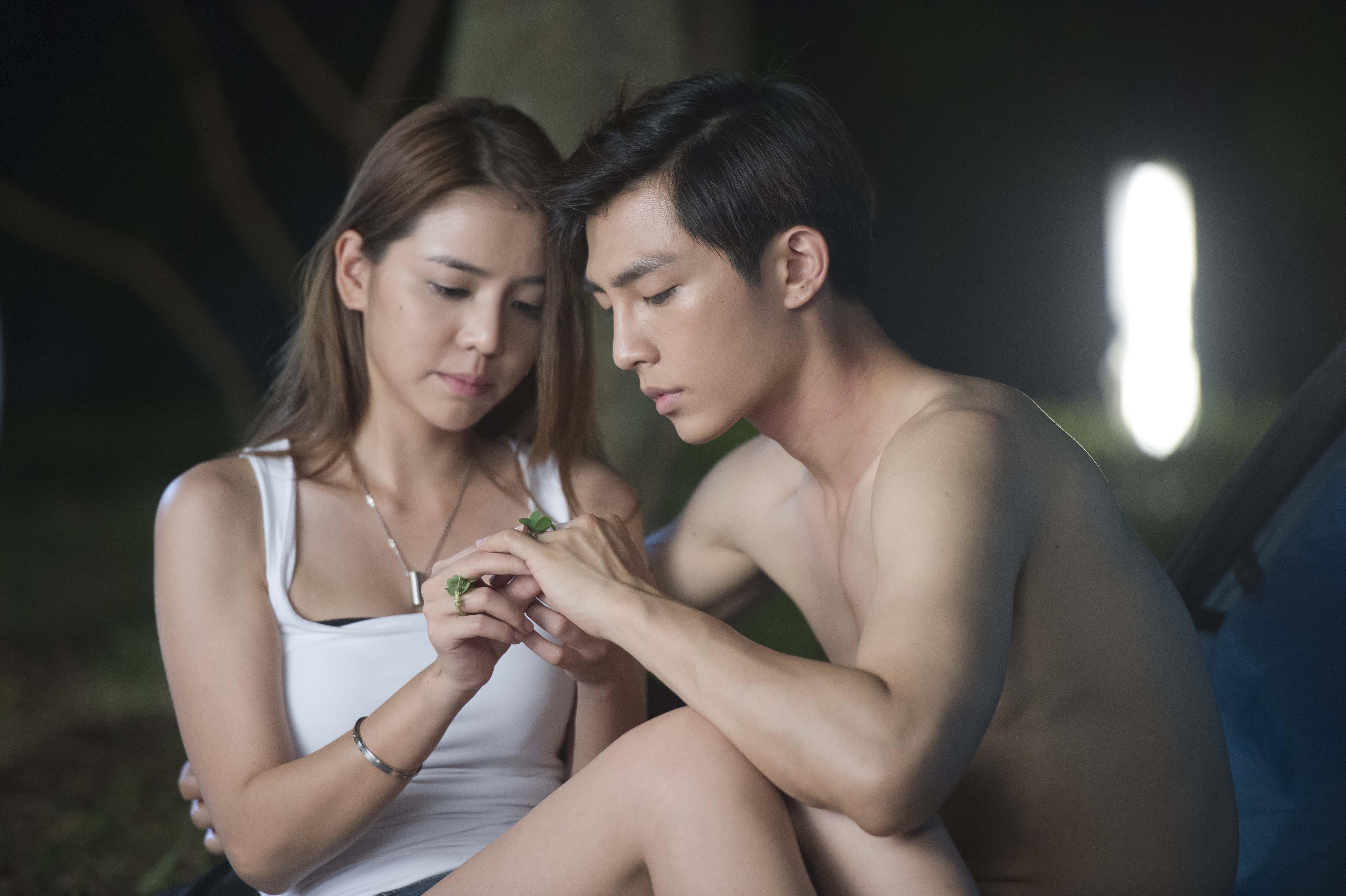 Aaron Yan Fall In Love With Me Wallpaper Tia Li Aaron Yan Indonesia