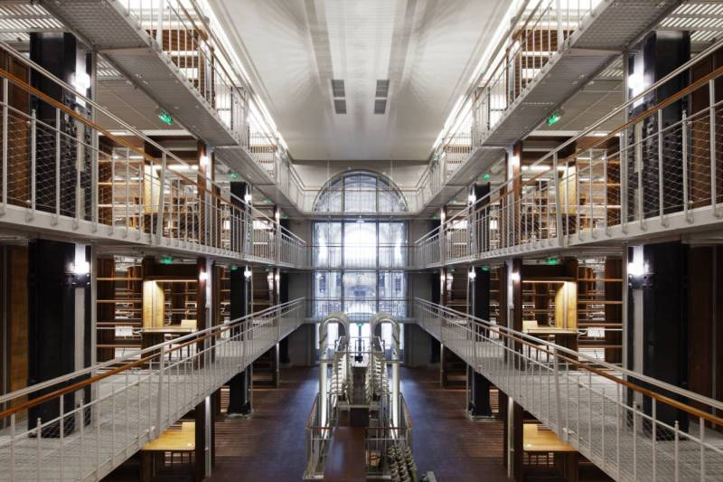 Restructuring of the Bibliothèque Nationale de France