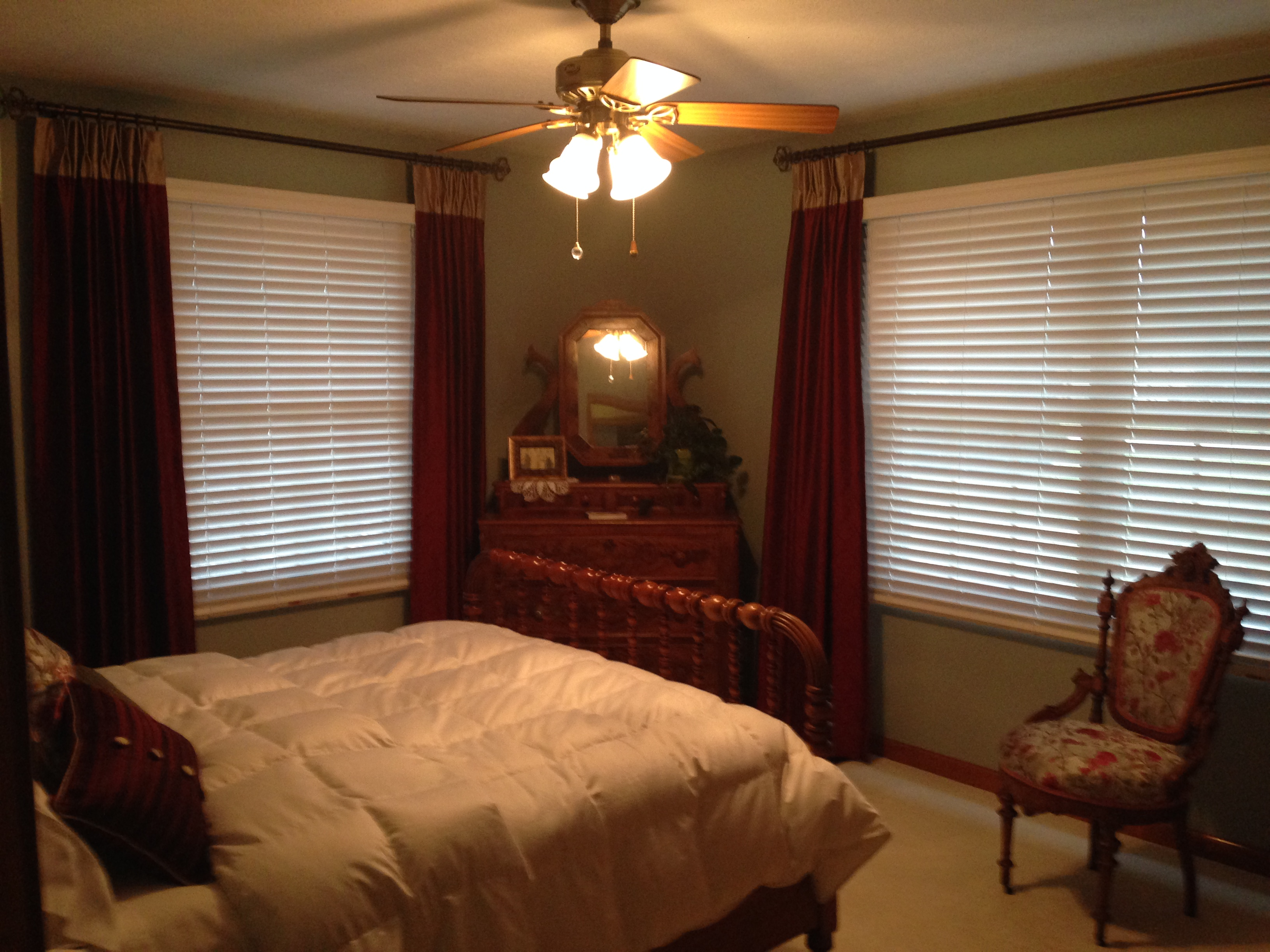 Bedroom With Red Accents Guest Bedroom Blue Walls Red Accents Abda Window Fashions