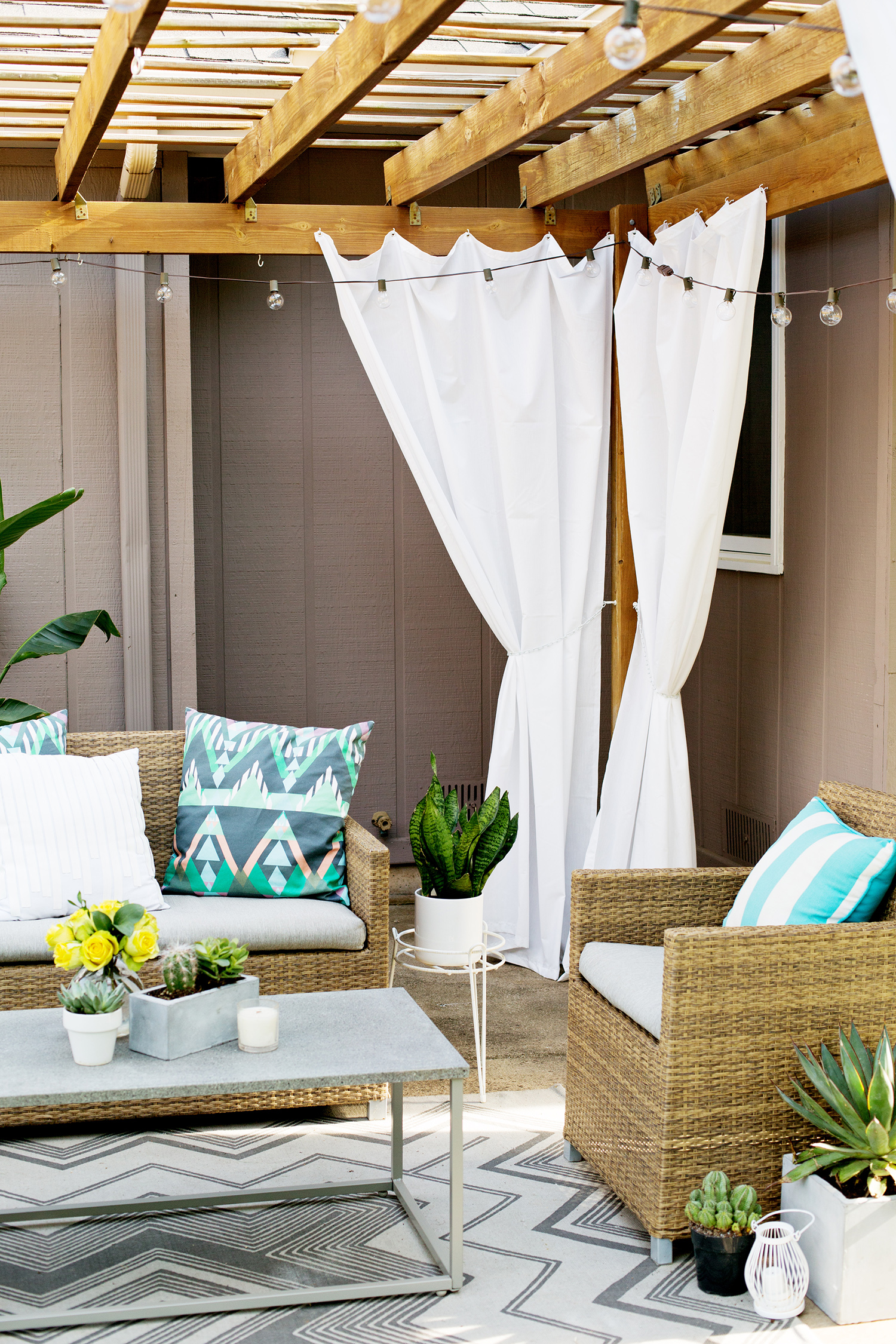 Make Your Own Outdoor Pergola Curtains A Beautiful Mess - Outdoor Vorhang Orientalisch