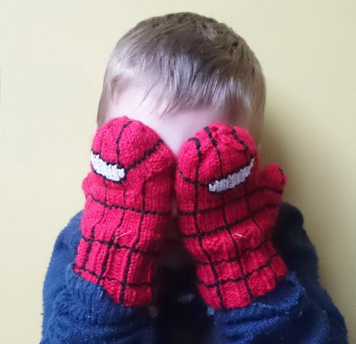 spiderman glittens