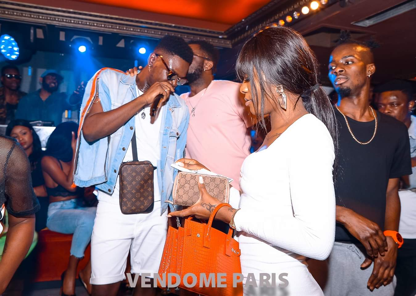 Coiffeur Vendome Ariel Sheney Au Vendôme Paris (images) - Abidjanshow.com