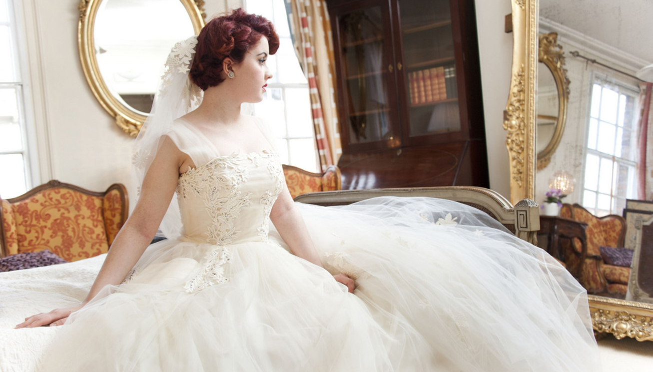 1950s Guipre lace and tulle with 1960s Guipre veil (1)