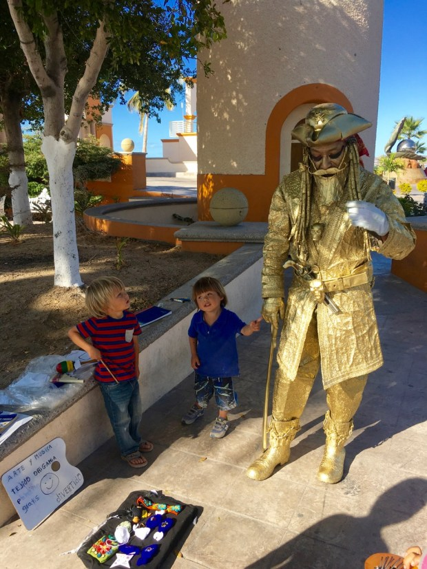 Sully and Rumi hanging out with the Golden Pirate