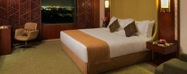 jumeirah-messilah-beach-hotel-and-spa-deluxe-room1-hero
