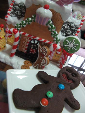 gingerbread_man_cookies.jpg