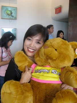 happy_slip_teddy_bear.jpg