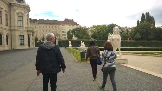belvedere palace grounds 1