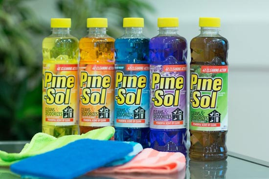 pine-sol cleaning action