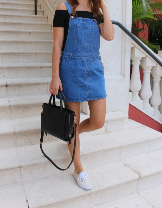 4 Tips to Style an Denim Overall Dress by Florida fashion blogger Absolutely Annie