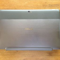 ASUS VivoTab TF810 excels in performance as notebook and tablet; sells for PHP 42,995