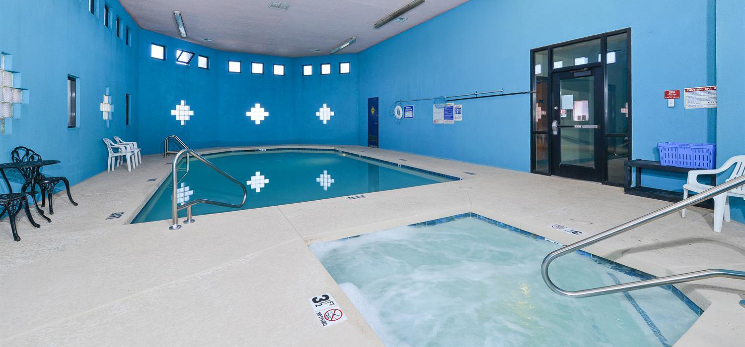 Pool And Jacuzzi Prescott Valley Az Hotels Hotels In Prescott Valley Az