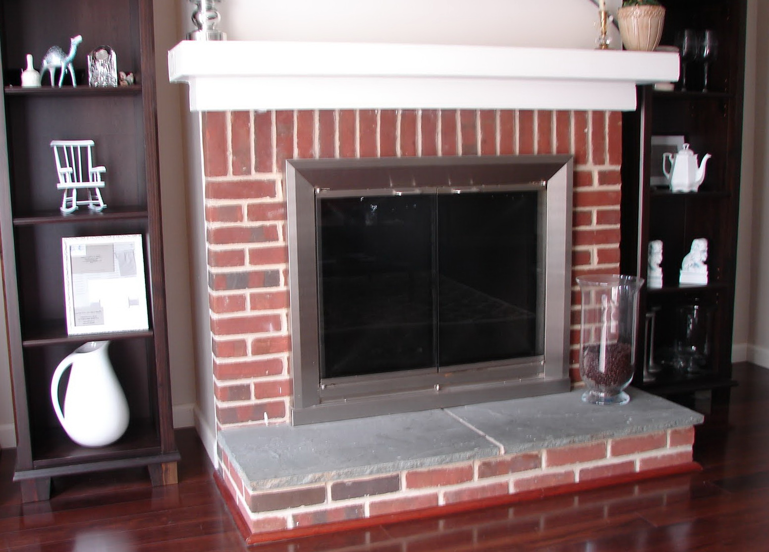 Paint Colors That Go With Red Brick Fireplace Paint Colors With Red Brick Fireplace Home Design Ideas