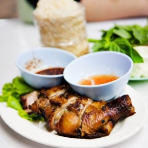 Thai Style Grilled Chicken and Som Tam - Hai Somtam Convent, Bangkok