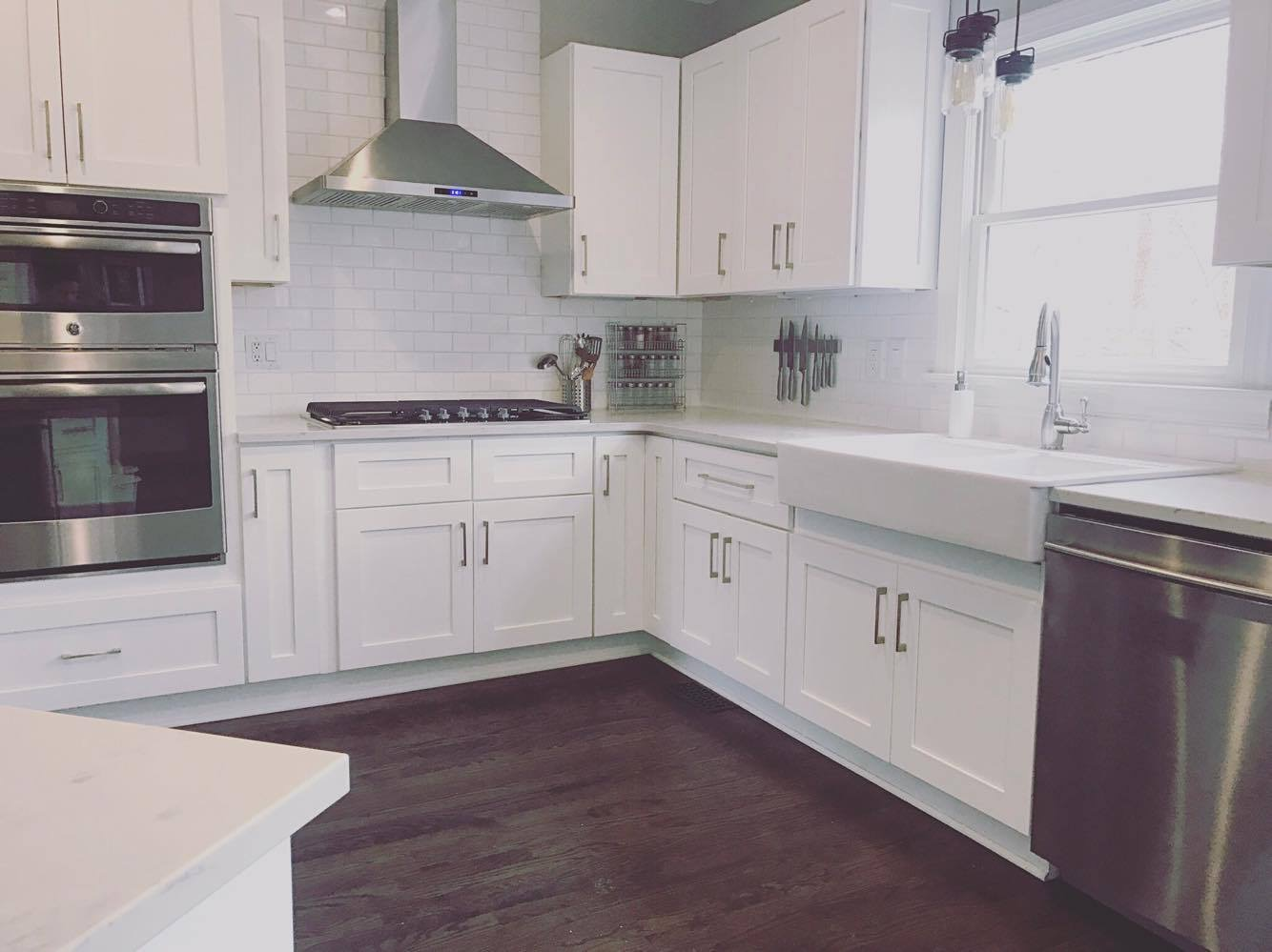 Quickest Way To Paint Kitchen Cabinets 5 Cheap And Easy Upgrades That Will Make An Old Home Look