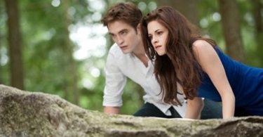 Edward (Pattinson) and Bella (Stewart) on the hunt for their morning breakfast