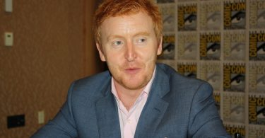 """At the roundtable with Tony Curran (Datak Tarr) of """"Defiance"""" https://www.youtube.com/watch?v=w82XmUl-enM&feature=youtu.be (photo & video by Alex A. Kecskes)"""