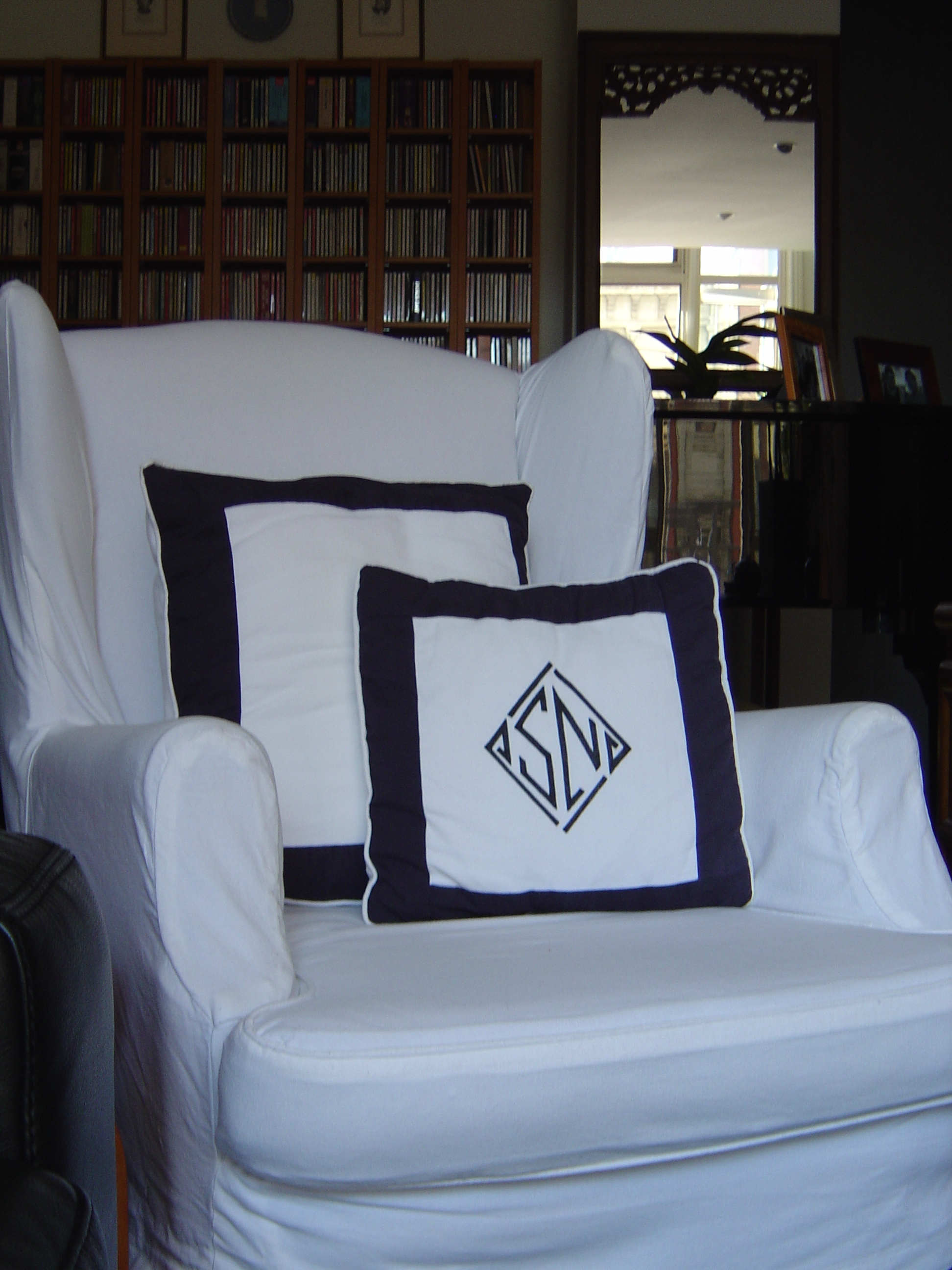 Couch Arm Covers How To Make Make A Chic Loose Arm Chair Cover