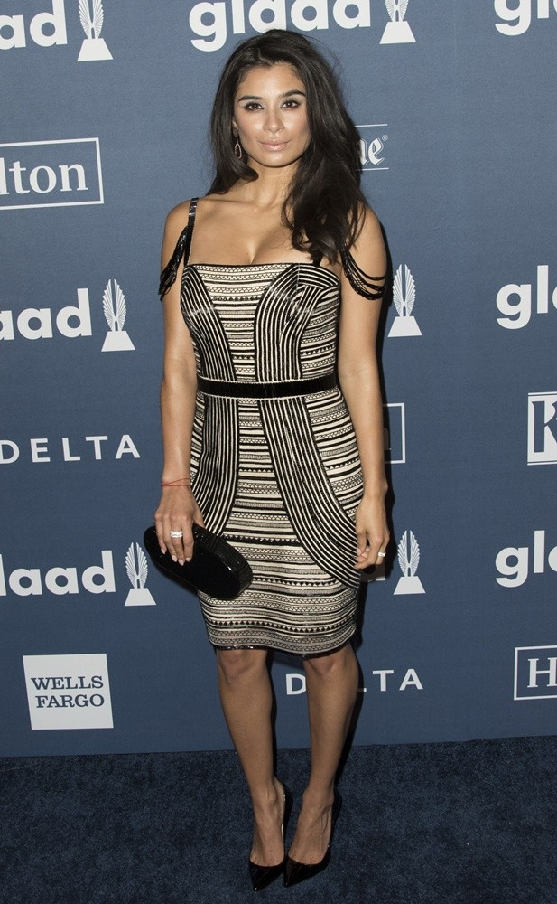 Go Global Trip Diane Guerrero Pictures Latest News Videos