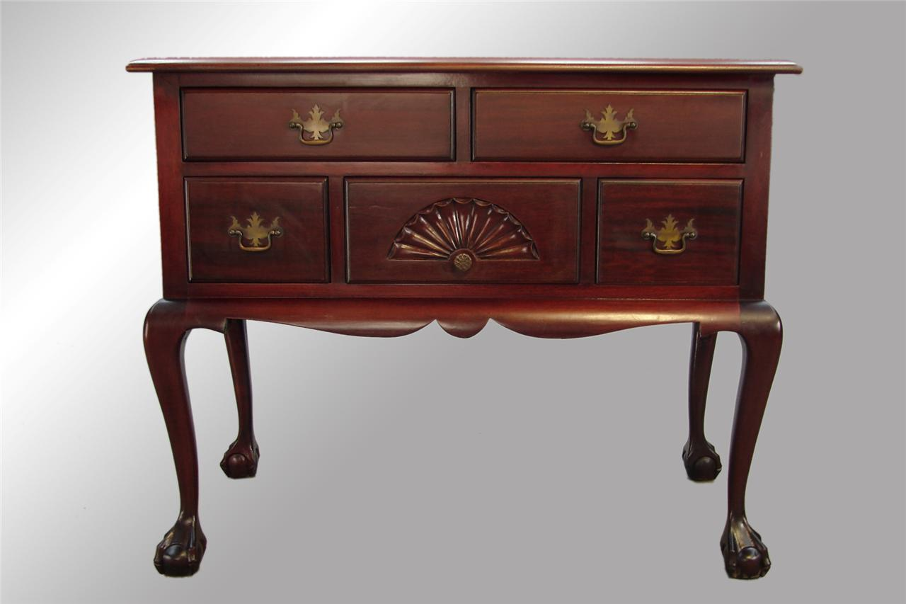 Lowboy Furniture 16465 Antique Mahogany Chippendale Ball And Claw Lowboy