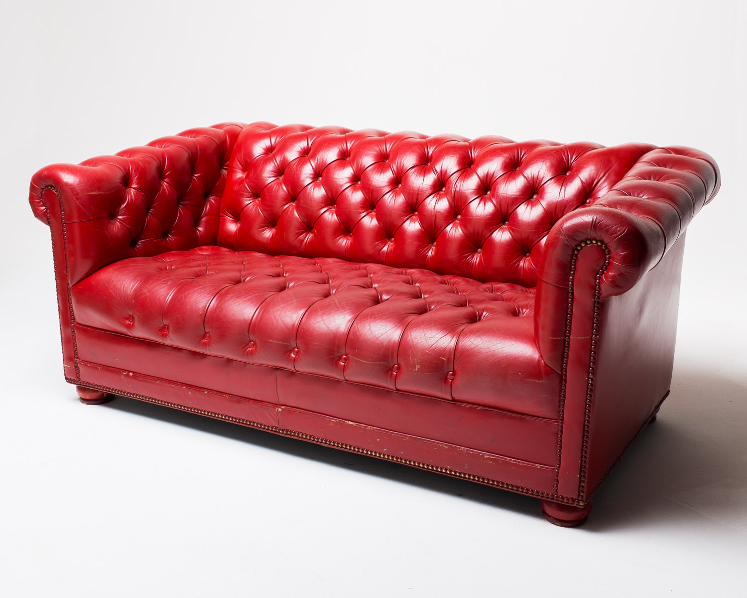 Couch Rot Co002 Red Leather Sofa Prop Rental Acme Brooklyn