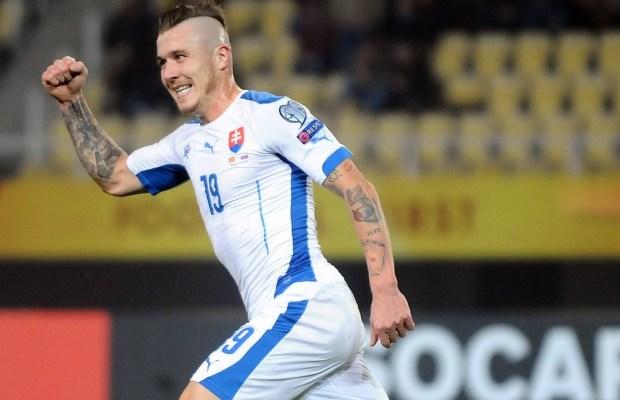 FBL-EURO-2016-MKD-SVK