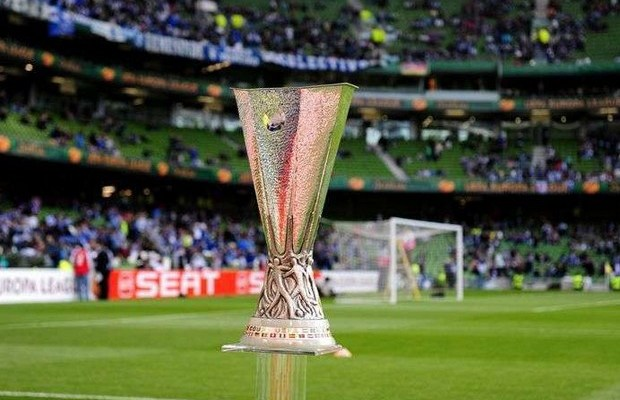 europa-league-trophée